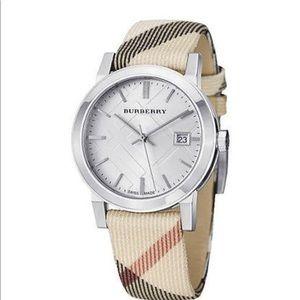 Burberry Watch unisex ⏰